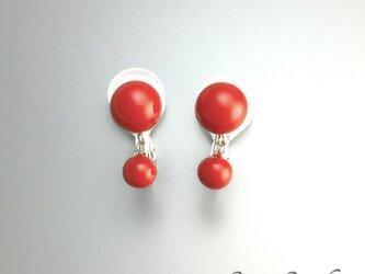 【sv925】朱漆6mm玉×4mm玉の赤いイヤリング|ソフトタッチ無痛イヤリングの画像