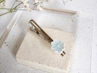 《父の日》木箱ラッピング◇ 四つ葉のクローバー : 青白磁 : ネクタイピンの画像