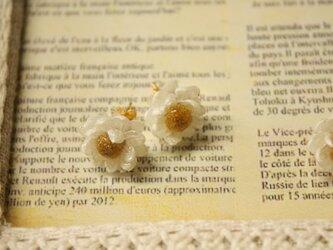 花かんざしのピアスの画像