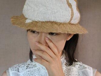 wool と cottonでつくられた春夏のハット 6.の画像