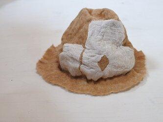 wool と cottonでつくられた春夏のハット 7.の画像