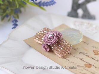キラキラビーズリボンと刺繍のお花のヘアクリップ  お花 クリップ おでかけ 髪飾りの画像