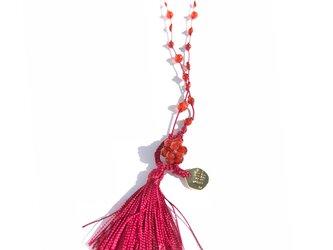 赤瑪瑙を絹糸でつないだネックレスの画像