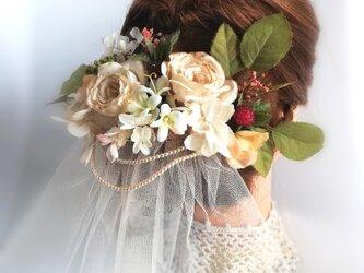 紅茶染めの薔薇とあじさい&ベリーのヘッドドレス☆*:.アンティークベージュ rose headdress  beigeの画像