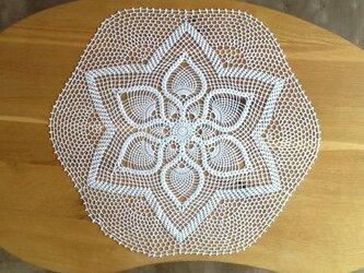 レース編み*パイナップルのテーブルセンターの画像