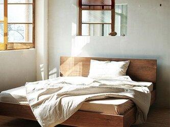 オーダーメイド 職人手作り ベッド ハンドメイド 天然木 お洒落 家具 シンプル 木目 木工 寝具 サイズオーダー可の画像