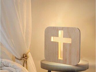 受注生産 職人手作り ベッドサイドランプ 十字架 インテリア 木製 木目 木工 天然木 無垢材 ナイトライト 松材 家具の画像