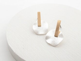 Metal wave plate pierces/resin noholeの画像