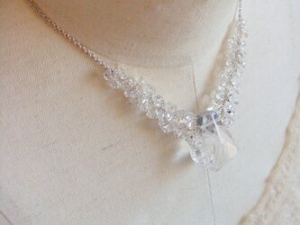 *crystal chandelier necklaceの画像