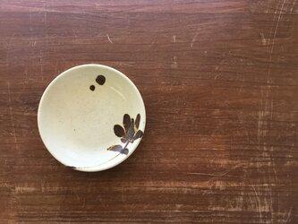 4寸皿 鉄絵花唐草紋の画像