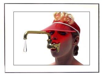 ★作品#25「蛇口が好きな女」The Peculiar Womanの画像