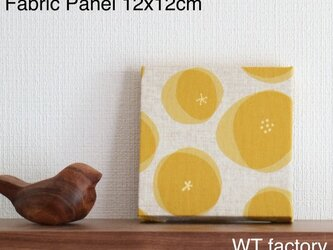 【送料無料】12x12cmちいさなファブリックパネル【アンパン柄 イエロー】黄色/あんぱん/壁飾り/インテリア雑貨/リネンの画像