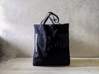 黒帆布のショルダーバッグの画像