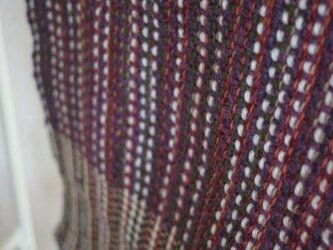 手織りのマフラーの画像