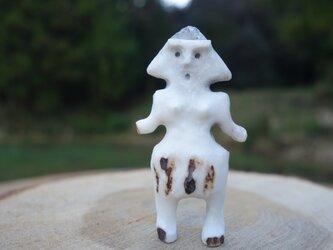 【角偶】Y/鹿角から削り出した人形(ひとがた)/お守りの画像