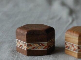 六角小箱(小、ナット)の画像