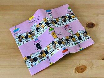 クレーンゲーム猫のブックカバー 文庫本用の画像