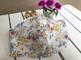 大きめ涼しいガーゼの立体マスク(花柄B)の画像