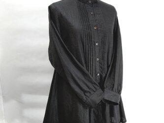 綿麻のオーバーブラウス(黒)の画像