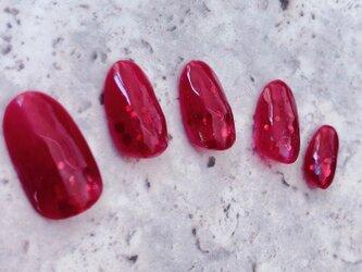 赤 透明 クリア 派手 韓国 ホログラム いちご イベント パーティ 個性 ネイルチップ つけ爪 ハンドメイド 手作りの画像