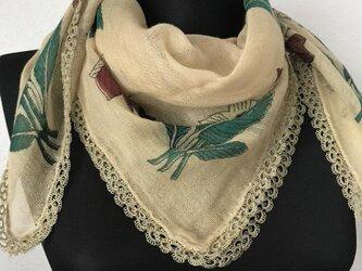 ニードルレース 刺繍のコットンスカーフ ベージュの画像