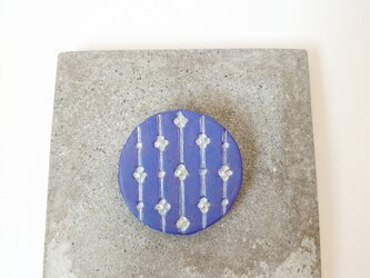 つぼみ2(ブルーグレー) 陶土ブローチの画像