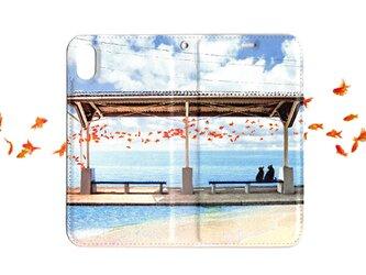 ★手帳型ケース★おさんぽネコin金魚の棲む街 iPhone12Pro〜選択可能 iPhoneケースの画像