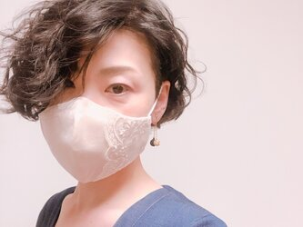 口元レディな小顔マスク シックなベージュ&ベージュ BG2の画像