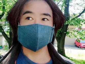 【舞台俳優さんの贅沢メンズサイズマスク】息がしやすいコットン100%ダンガリーと不織布3重フィルター芯を使った形状記憶マスクの画像