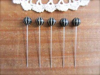 パンプキンビーズの待ち針 黒 5本セット の画像