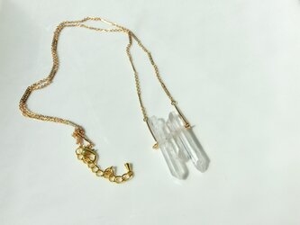 crystal necklaceの画像