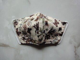 立体マスク フィルターポケット付き (ベージュ 蝶と花)の画像