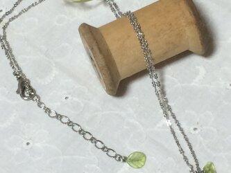 いちごのネックレスの画像
