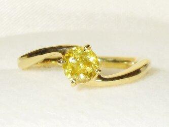 0.57ctスフェーンとSV925の指輪(リングサイズ:10号、K18イエローゴールドの厚メッキ、天然石)の画像