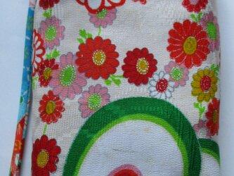 4856 花柄の着物で作ったポーチ #送料無料の画像
