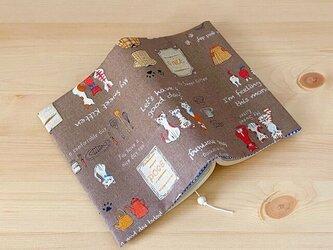 猫と雑貨のブックカバー 文庫本用の画像