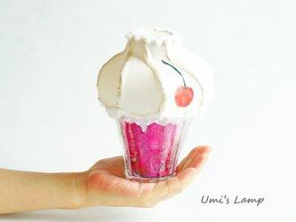 まめランプ【ストロベリークリームソーダ】の画像