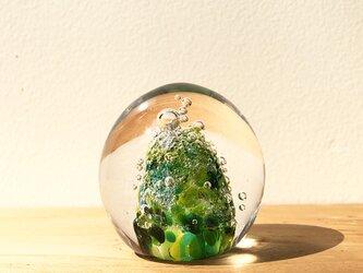 こんもりお山のペーパーウェイト ガラスの画像