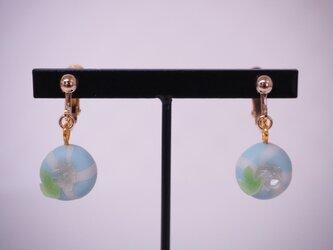 和菓子のイヤリング(アサガオ)の画像