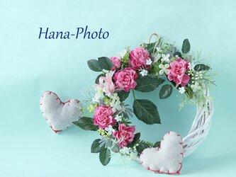 233)ふりふりフリルのピンクのバラのミニリース  (リース台:直径15㎝)の画像