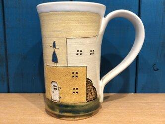 タビノヒトとドアとレンガのマグカップ ※ネジ仕様の画像