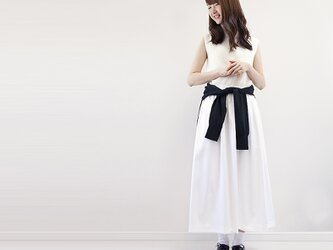透けない白 チノタイプ 速乾吸水 しわになりにくい ロングスカート コットン混 ●CECILE●の画像