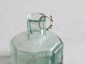 ミモザのイヤーカフ [ silver 片耳 ]の画像