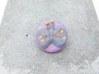 ちょうちょ2(ブルー×ピンク) 陶土ブローチの画像