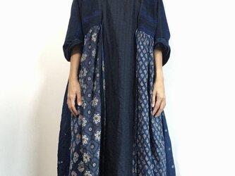 藍ロングドレスの画像