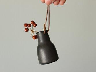 革紐付き小瓶の画像