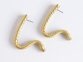 自由に形を作れるleather pierce/earring   《Freely》〝 gold〟の画像