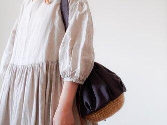 Drawstring bag Linen grayの画像