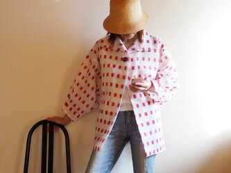 赤の絣プリントが可愛いドルーマンはおりジャケット-洗える浴衣からの画像