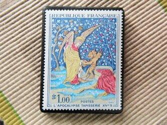 フランス 美術切手ブローチ6181の画像